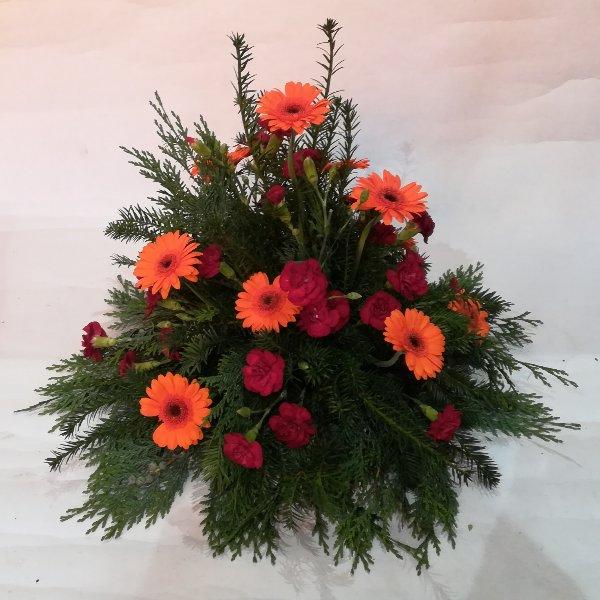 TG 18 kleines Trauergesteck  orange-rot Bild 2