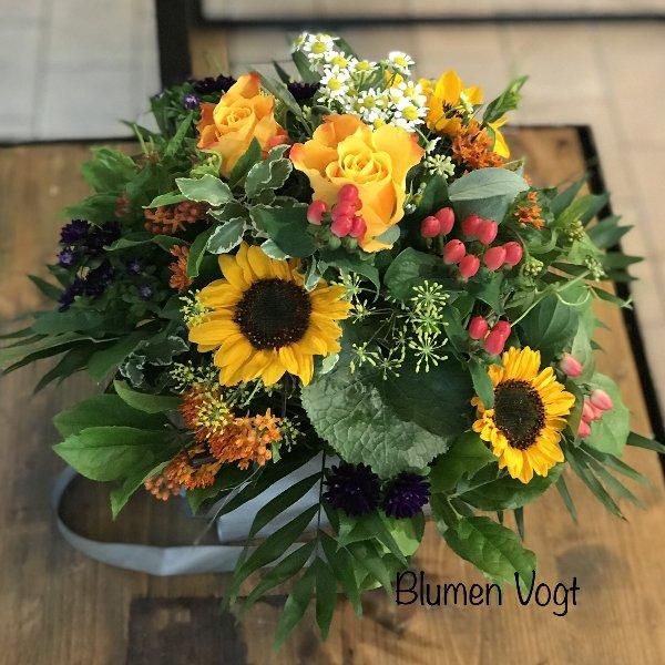 """kompakter Blumenstrauß """" Sonnenblume"""" Bild 1"""