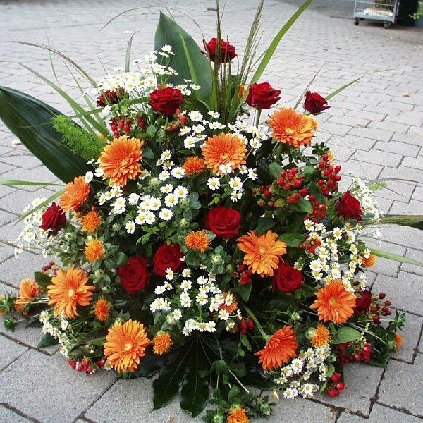 Trauergesteck Orange (rund) Bild 2