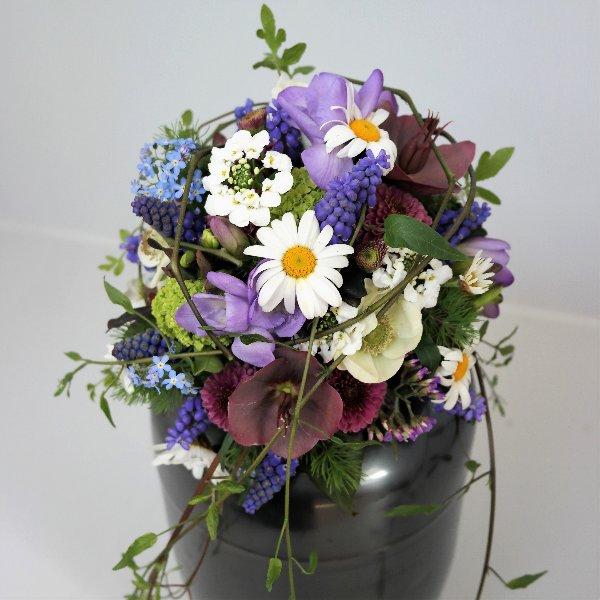 Strauß von Blumen in Farben Bild 1