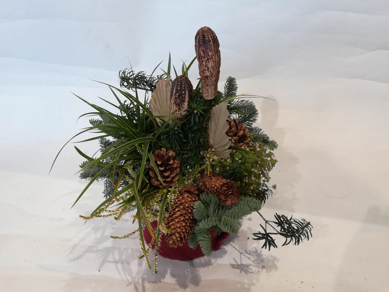 A0018 Grabgesteck mit haltbaren Pflanzen Bild 3