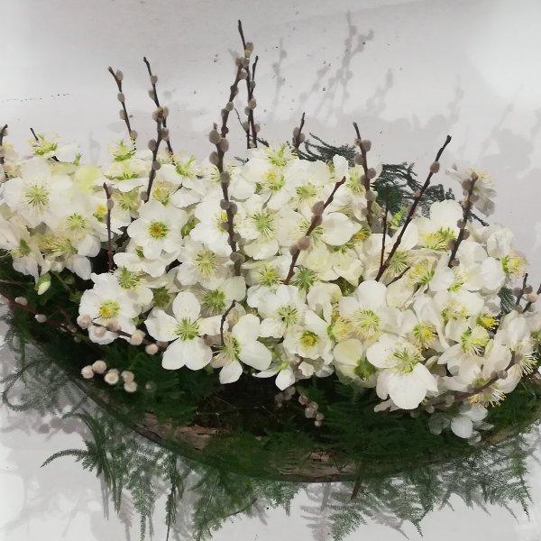Scha 10   gepflanzter Korb in weiß Bild 1