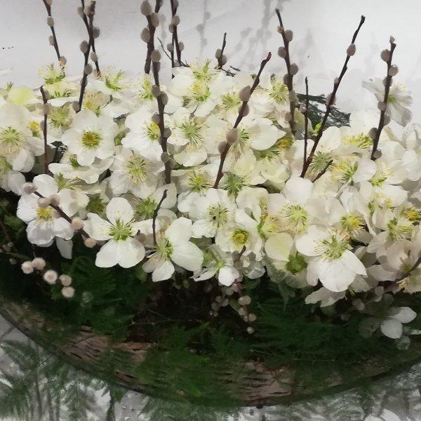 Scha 10   gepflanzter Korb in weiß Bild 2