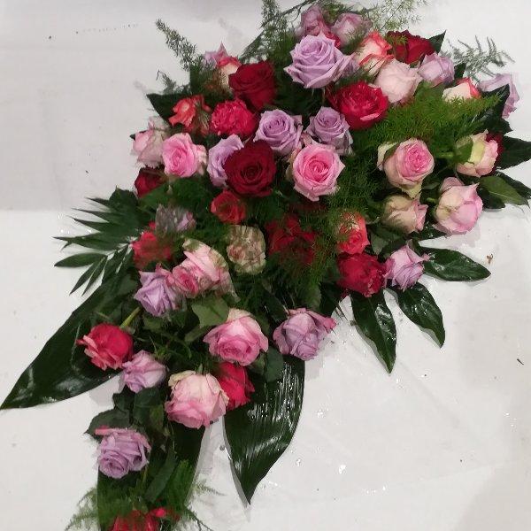 DB 12  Träne aus bunten Rosen Bild 1