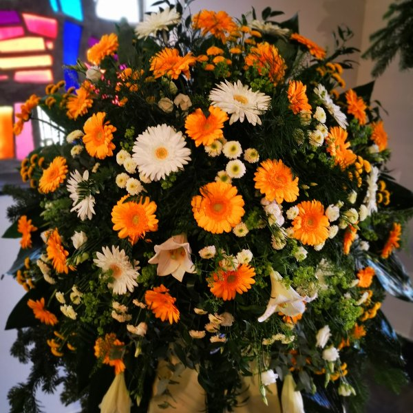 Trauerkranz klassisch Plus Anny, Gerry, Lilly, Rose Bild 1