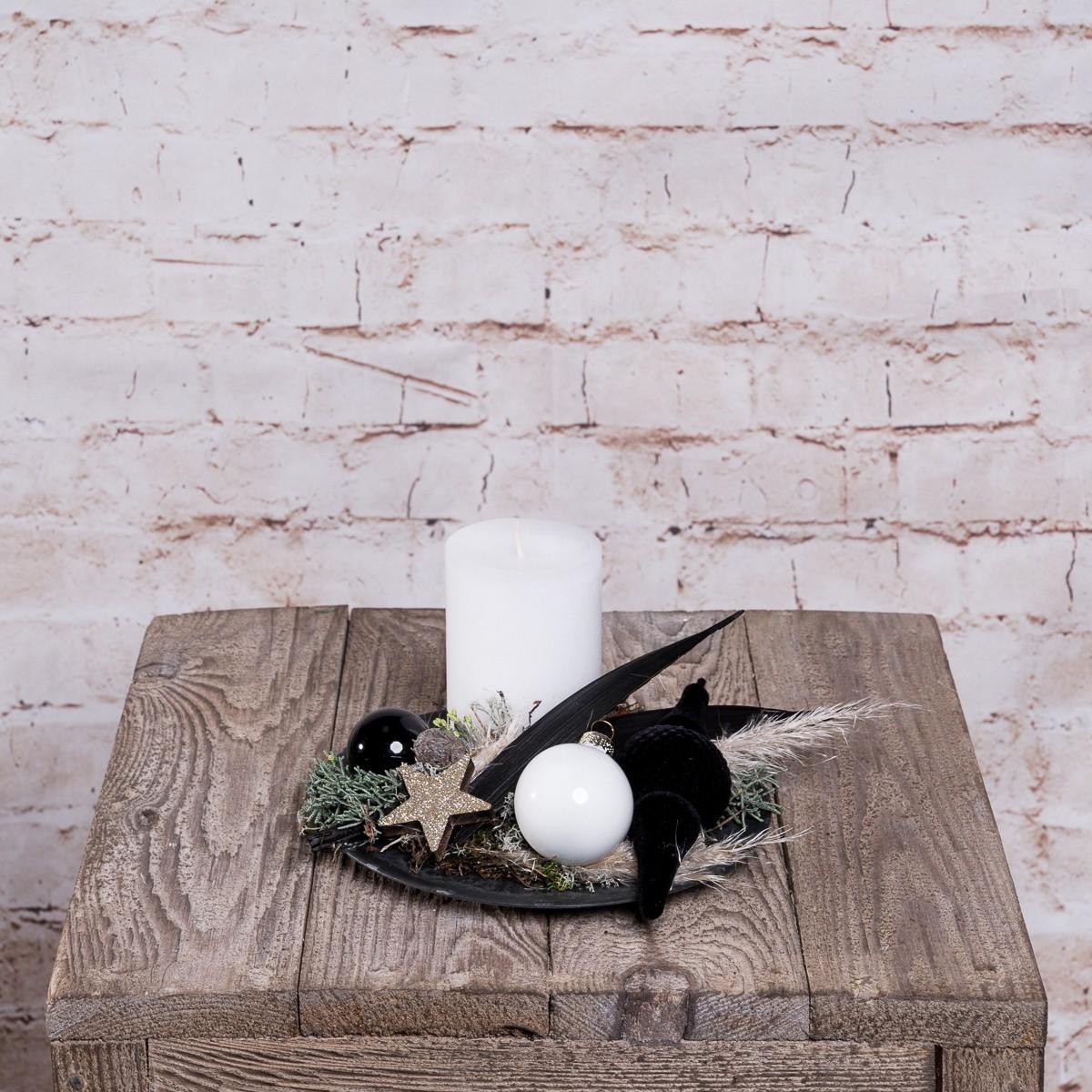 Weihnachtsteller Schwarz-Weiß Bild 1