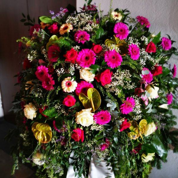 Trauerkranz klassisch Plus Anny, Gerry, Lilly, Rose Bild 2