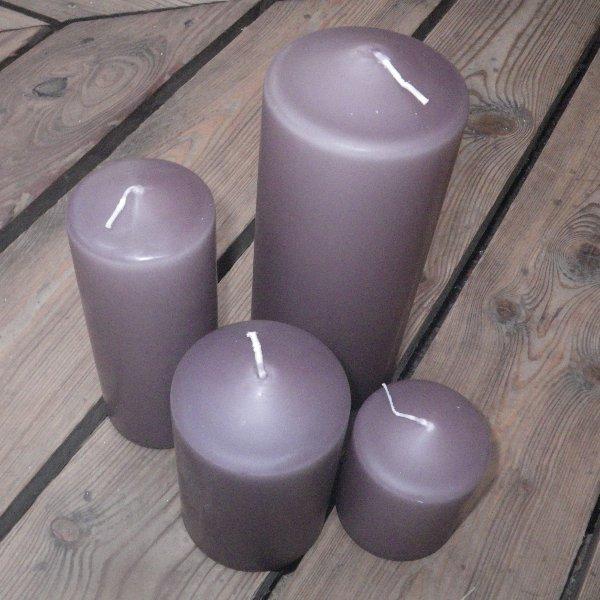Kerzen in taupe in unterschiedlichen Größen Bild 1