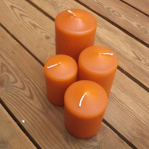 Kerzen in orange-gebrannt in unterschiedlichen Größen Bild 1
