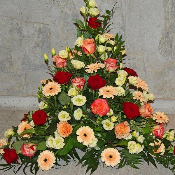 Trauergesteck rot-cremefarbene Blumen Bild 1