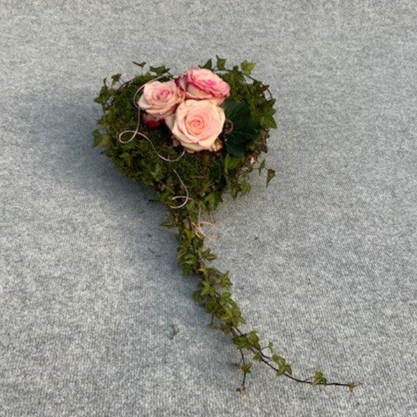 Herz aus Moos Bild 1