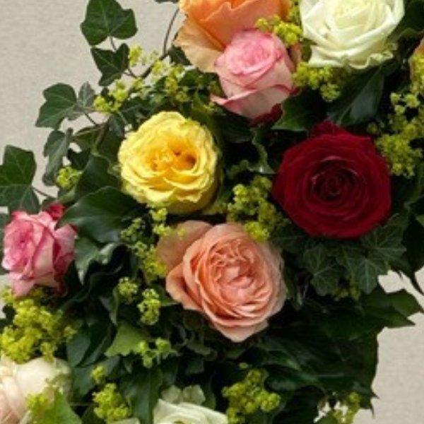 Kranz bunte Rosen Bild 2