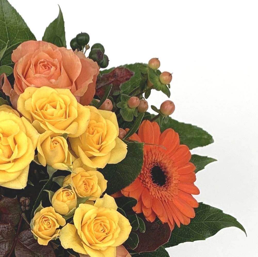 Strauß in orange/gelb Bild 2