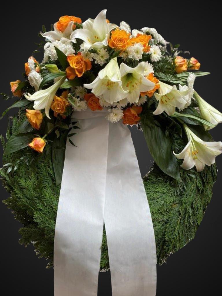 Kranz orange-weiße Lilien Bild 1