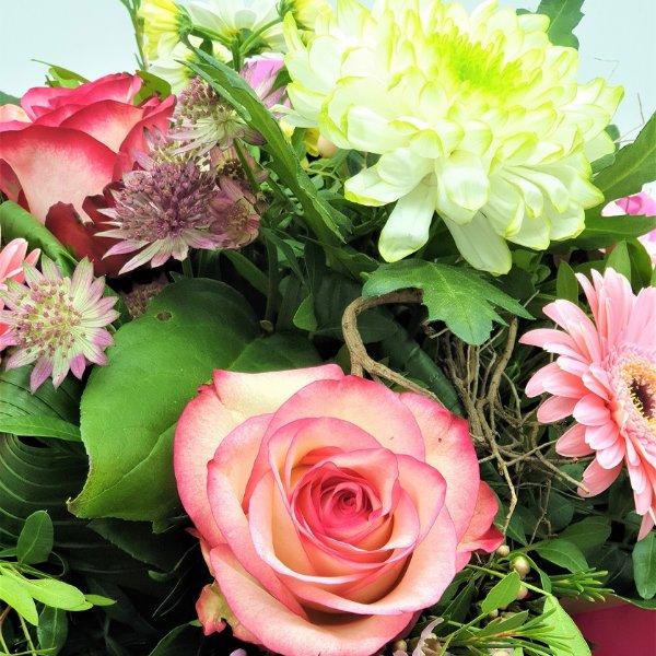 Blumenstrauß in weiß/rosa Bild 3