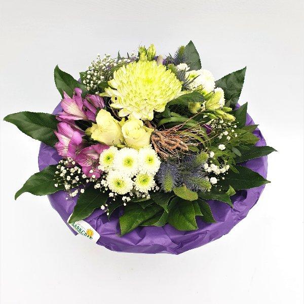 Blumenstrauß Ton- in- Ton lila/weiß Bild 1