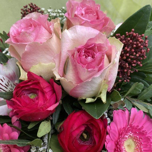Blumenstrauß in rosa Bild 2