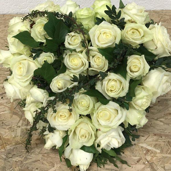 Blütenherz in Weiß Bild 1