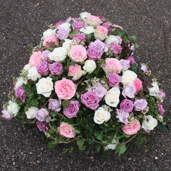 Herz-Bukett mit gemischten Rosen Bild 1