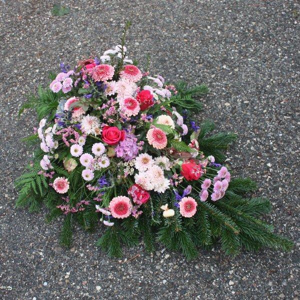 Bukett mit Blumen der Saison Bild 1