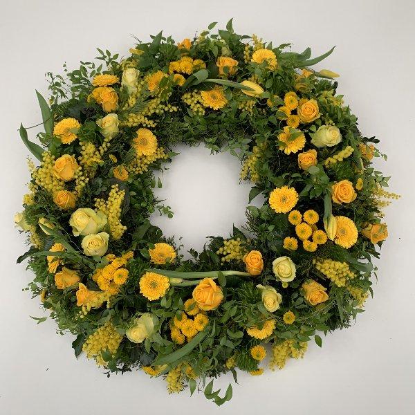 Trauerkranz, rundgesteckt, gelb-grün Bild 1