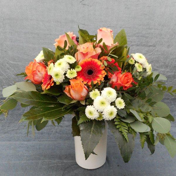 Blumenstrauß in orange-apricot Bild 1