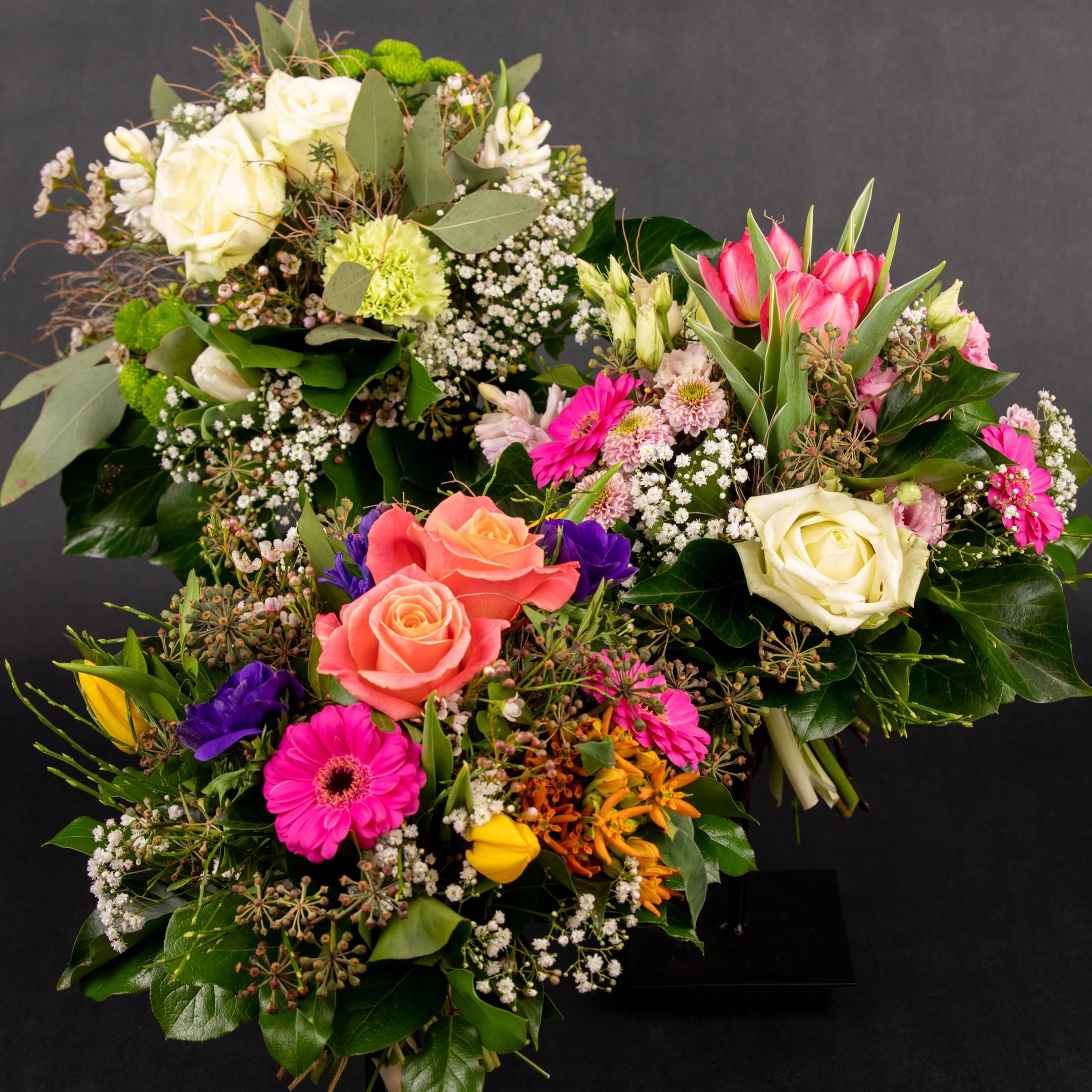 Blumenhandwerk-Abo Größe M     Straußwert € 30,- Bild 2