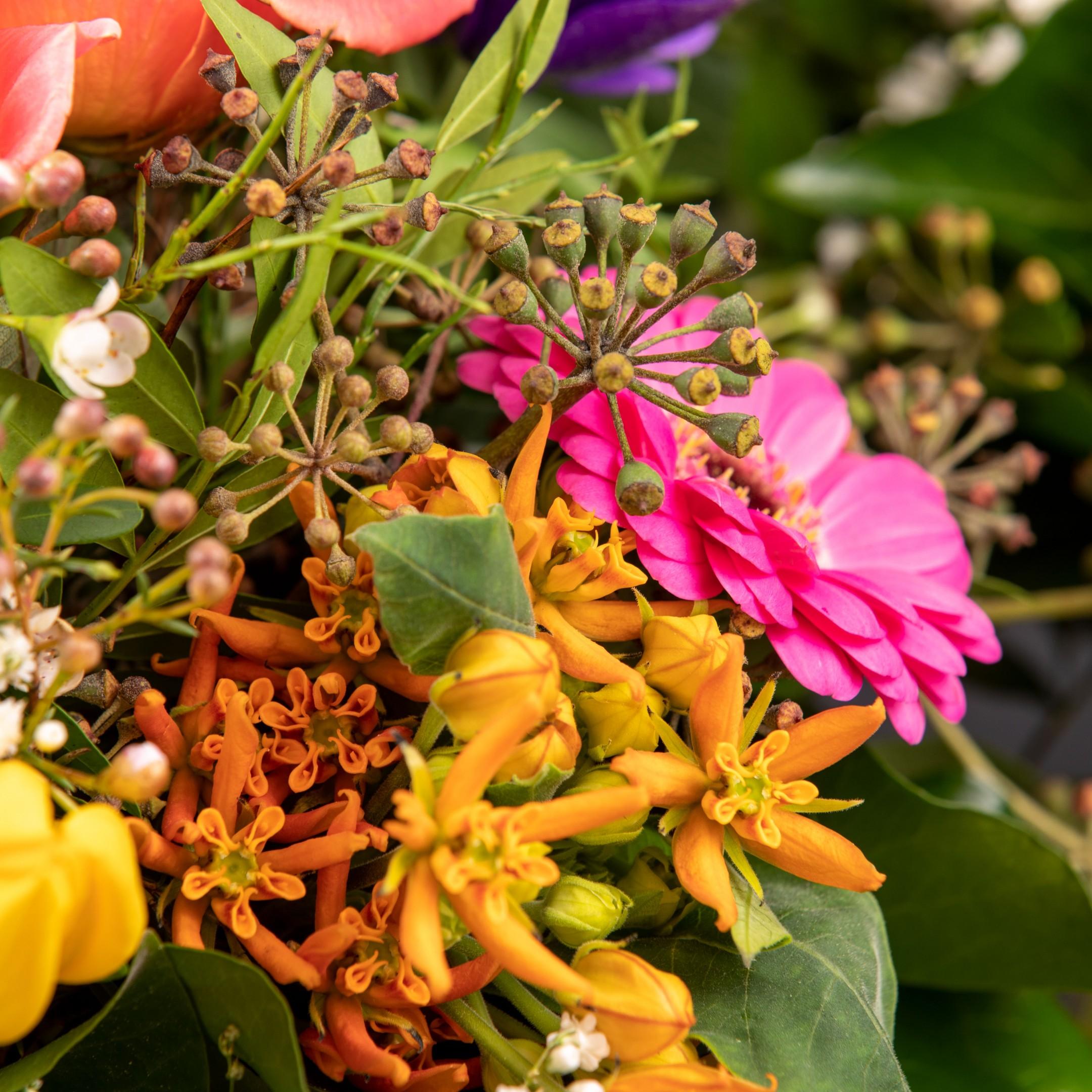 Blumenhandwerk-Abo Größe M     Straußwert € 30,- Bild 4
