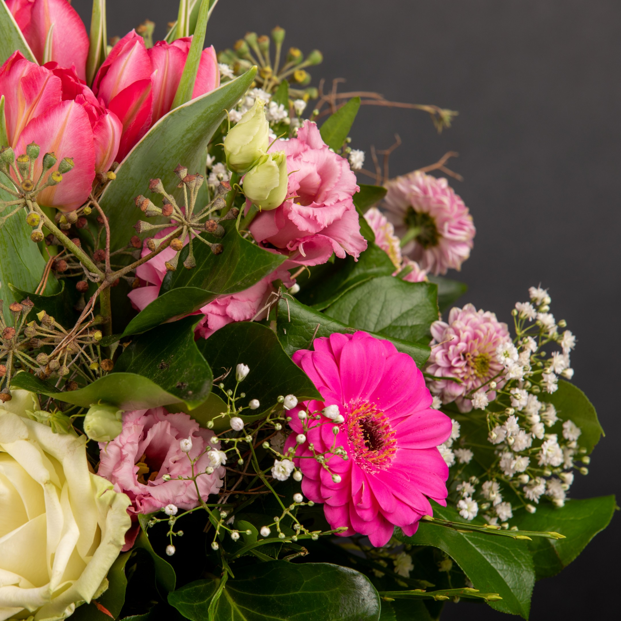 Blumenhandwerk-Abo Größe M     Straußwert € 30,- Bild 5