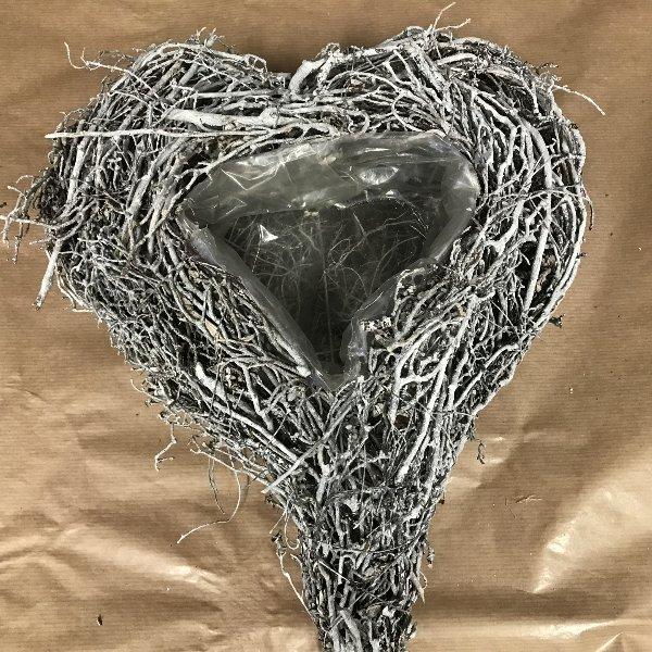 Herzgeflecht gebleicht Bild 1