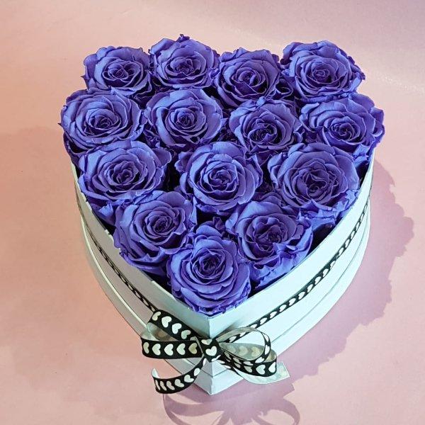 H 1    Rosenherz mit lila  gefriergetrockneten Rosen, ca 13-14 Stück Bild 2