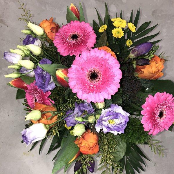 BS-6 Blumenstrauß Bild 1