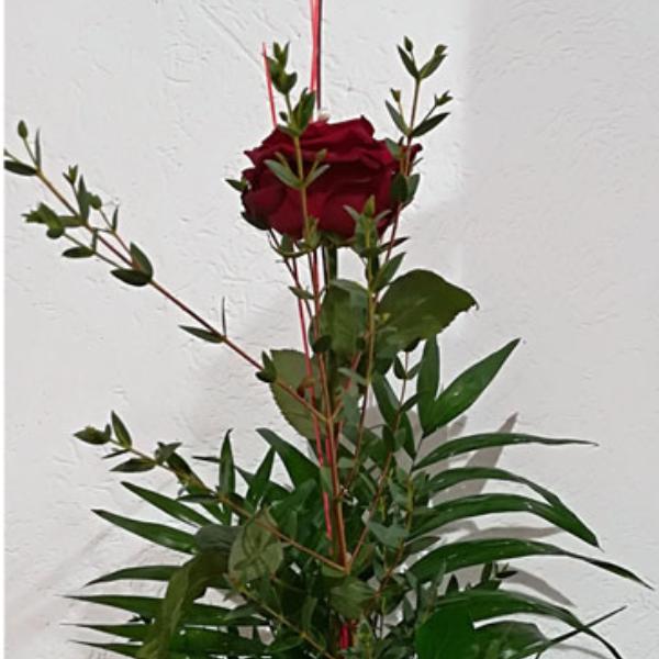 STR 12     Einzelne Rose mit Beiwerk Bild 1