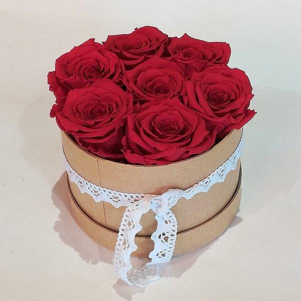B 2   Rosenbox  mit ca. 6-7 gefriergetrockneten roten Rosen Bild 1
