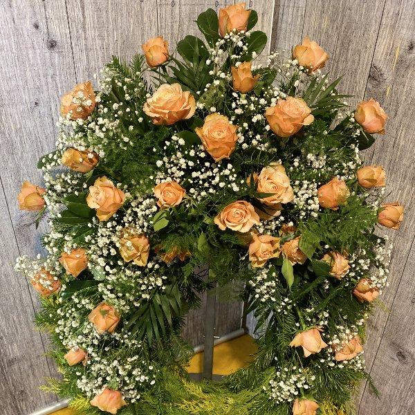 Trauerkranz mit apricot Rosen Bild 1
