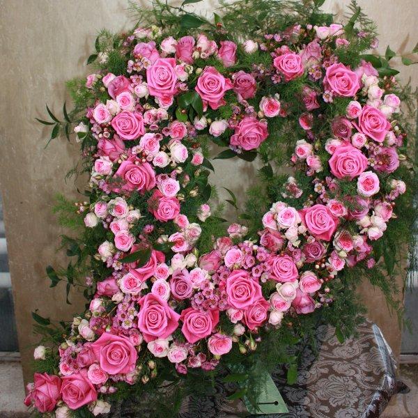 Herz in rosa, geschwungen Bild 1