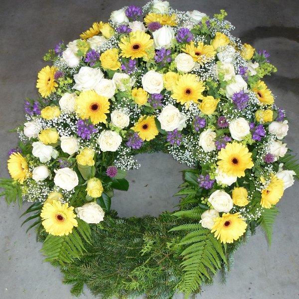 """Trauerkranz mit 1 Blütengruppe  """"Auferstehung"""" Bild 1"""