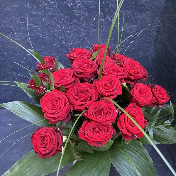 Strauß rote Rosen Bild 1