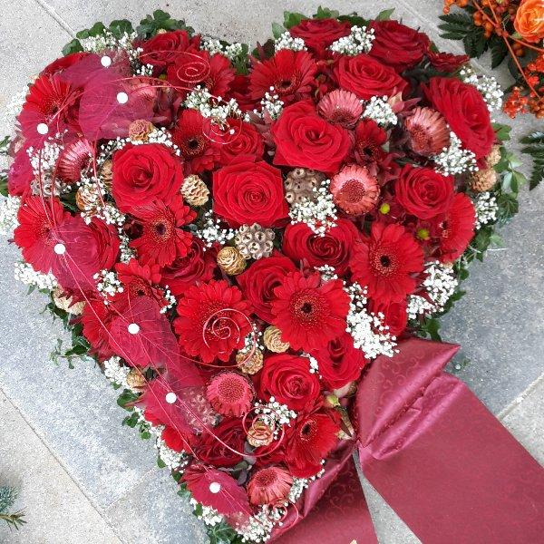 """Florales Herz """"Herzensache"""" Bild 1"""