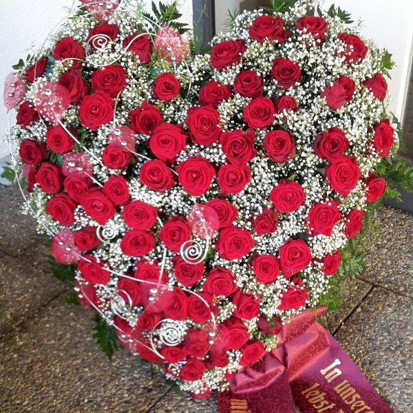 """Florales Herz stehend, """"In Liebe"""" Bild 1"""