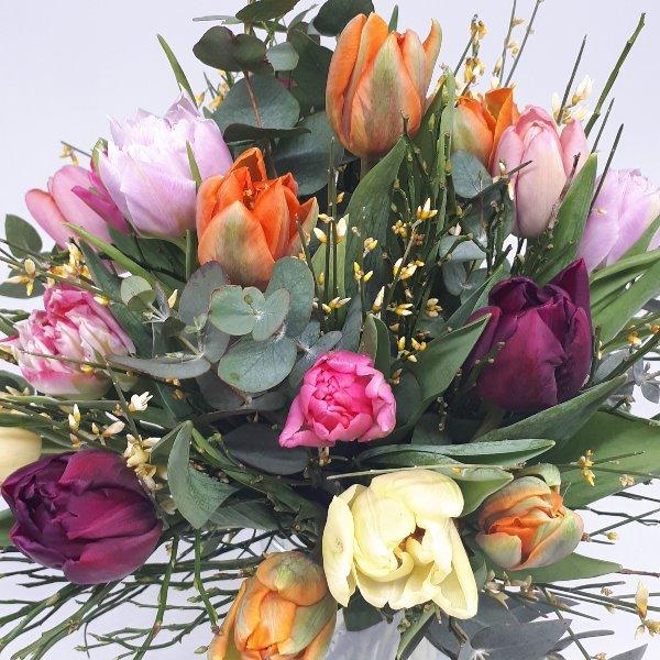 "Fühlingsstrauß "" Tulpenliebe"" Bild 1"