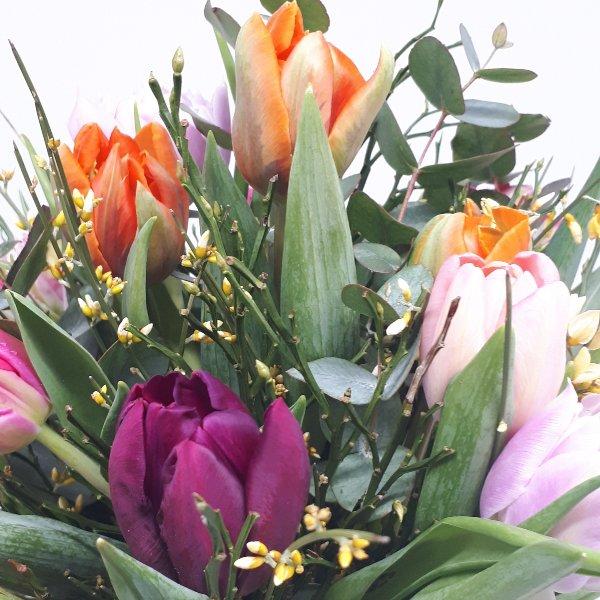 "Fühlingsstrauß "" Tulpenliebe"" Bild 2"