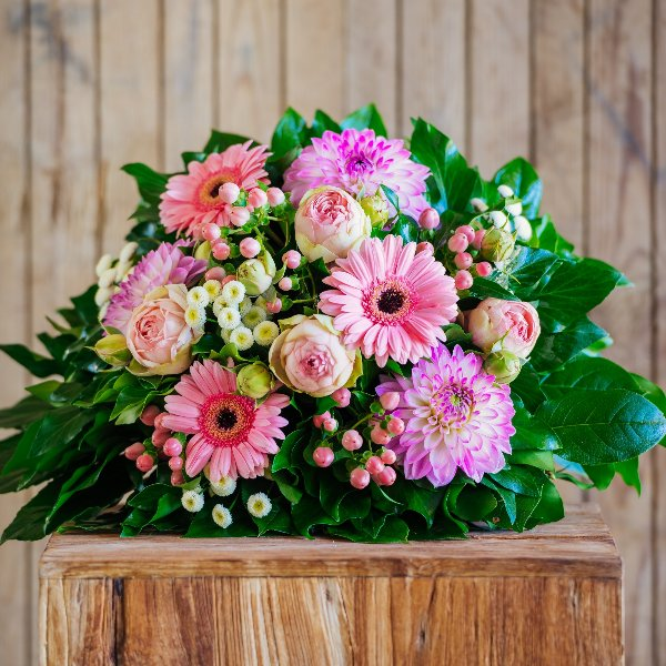 Blumenstrauß in pink Bild 1
