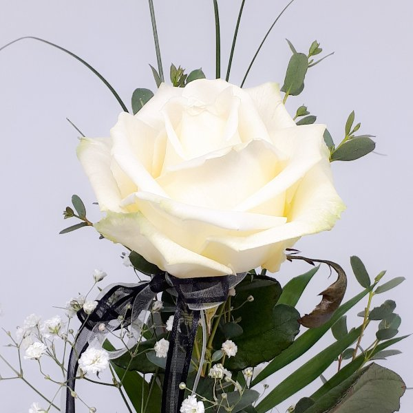 Einzelne Rose zum Abschied Bild 2