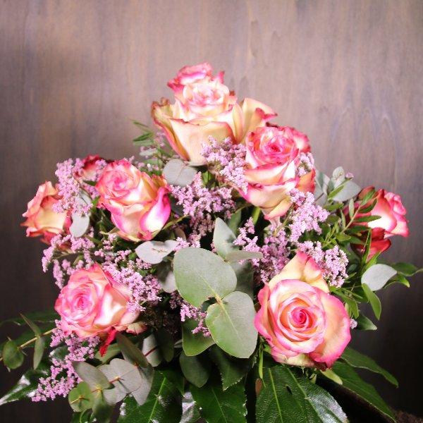 Rosenstrauß in rosa Bild 1