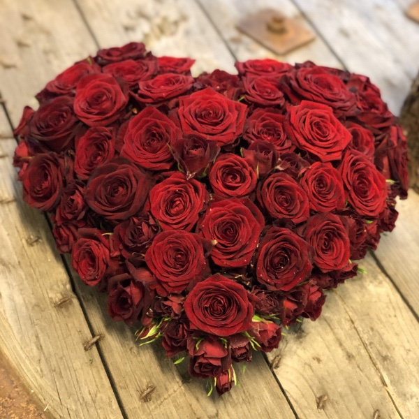 klassisches Trauer-Herz in Rot Bild 2