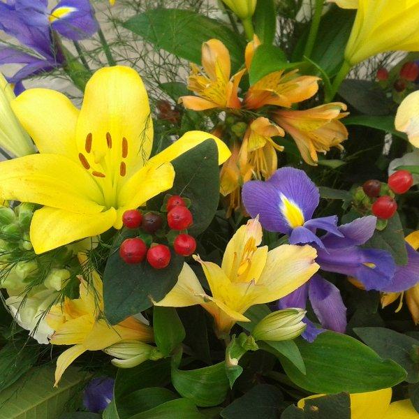Trauerkranz Frühling Bild 1