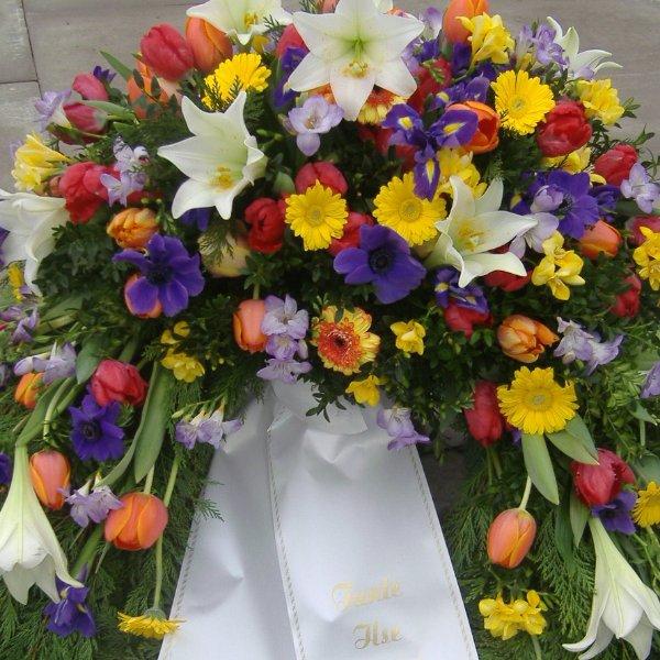 Trauerkranz Frühling Bild 2