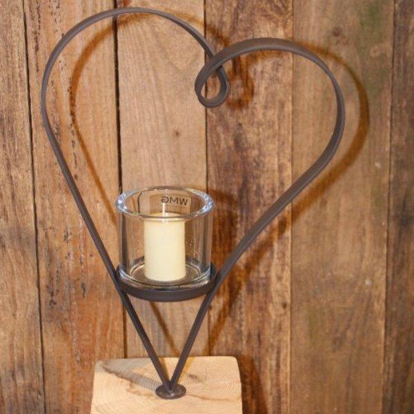 Herz mit Holzfuß Bild 2