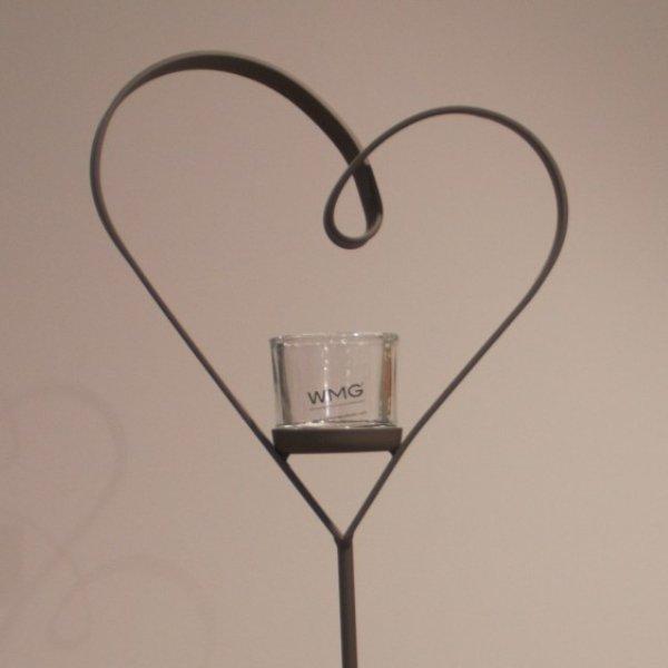 Herz mit Glasgefäß Bild 2